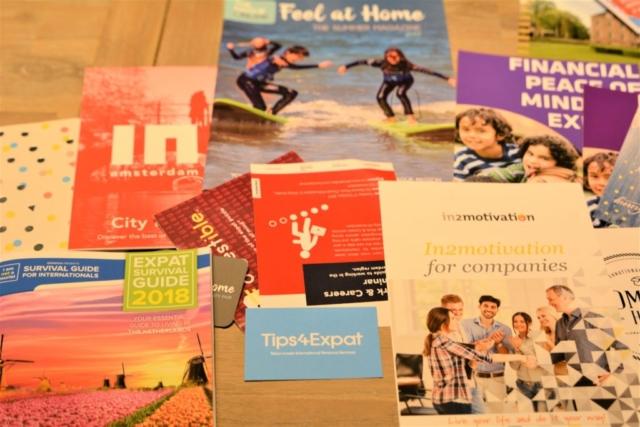 présentation de documents pour l'expatriation avec Tips4Expat